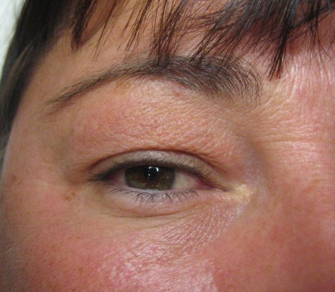 permanent makeup before eyeliner